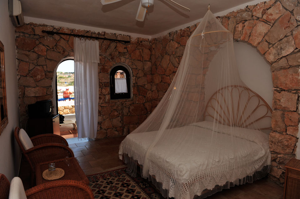 Photo Rooms Calamadonna Club Hotel & Resort in Lampedusa